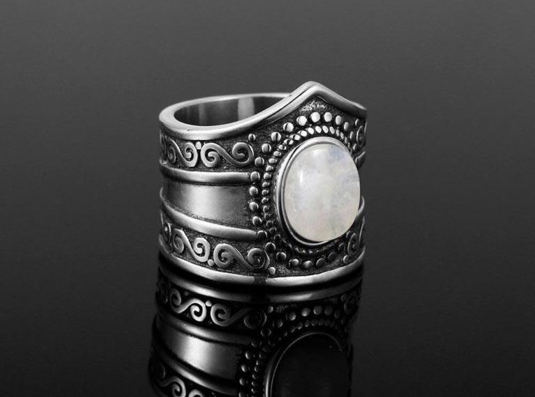 bijoux pierre de lune bague créatrice