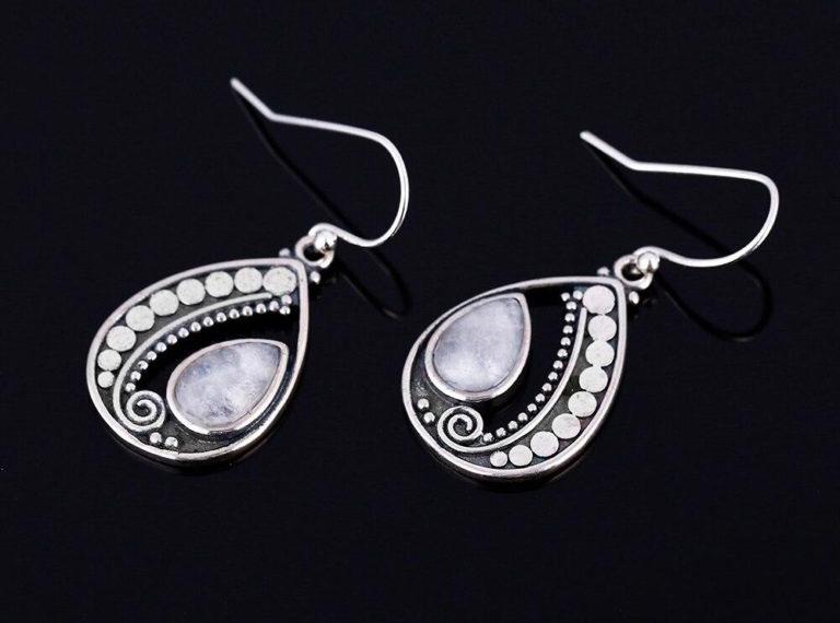 bijoux pierre de lune boucles d'oreilles éternité