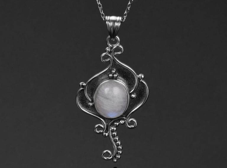 bijoux pierre de lune collier grenouille