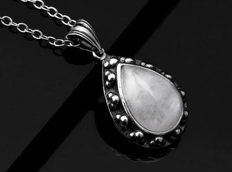 bijoux pierre de lune collier koala
