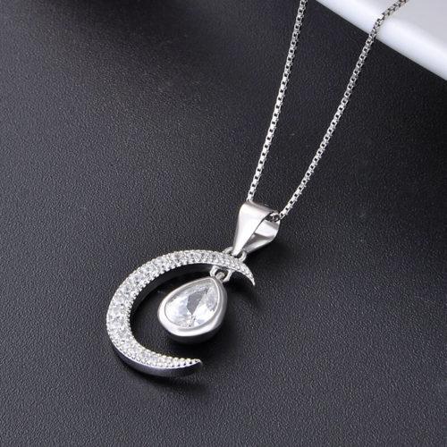 collier lune diamant beau