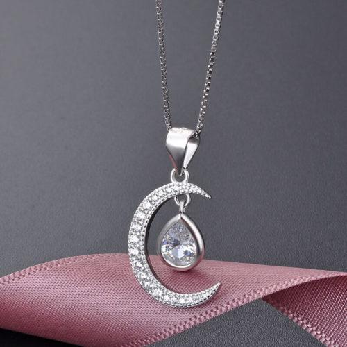 collier lune diamant