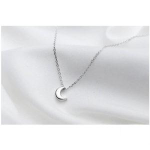 collier avec petite lune femme